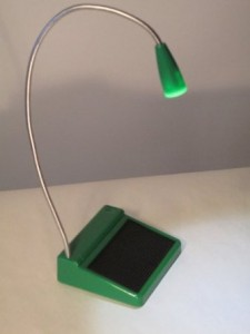 unite-to-light-solar-LED-lamp